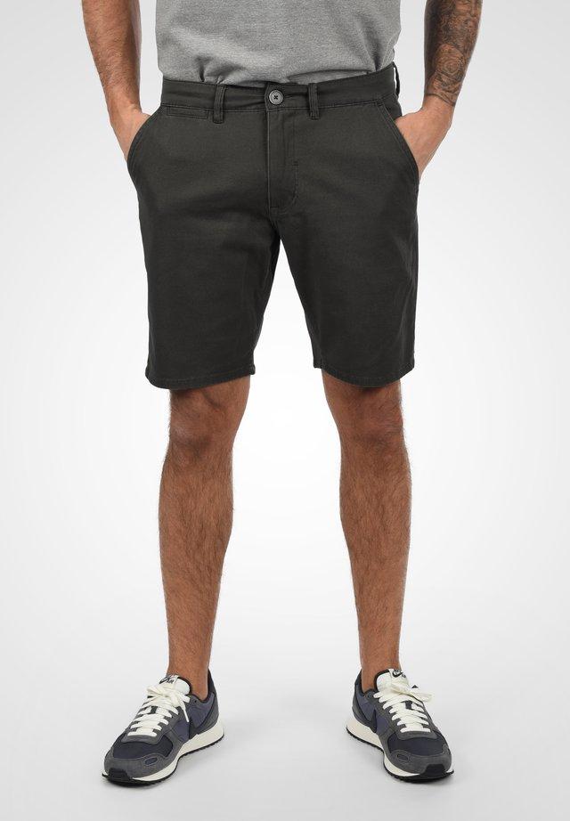 PIERRE - Shorts - ebony grey