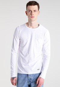 Blend - Bluzka z długim rękawem - white - 0