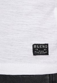 Blend - Camiseta estampada - white - 3