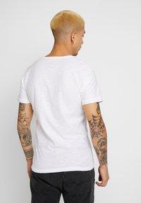 Blend - Camiseta estampada - white - 2