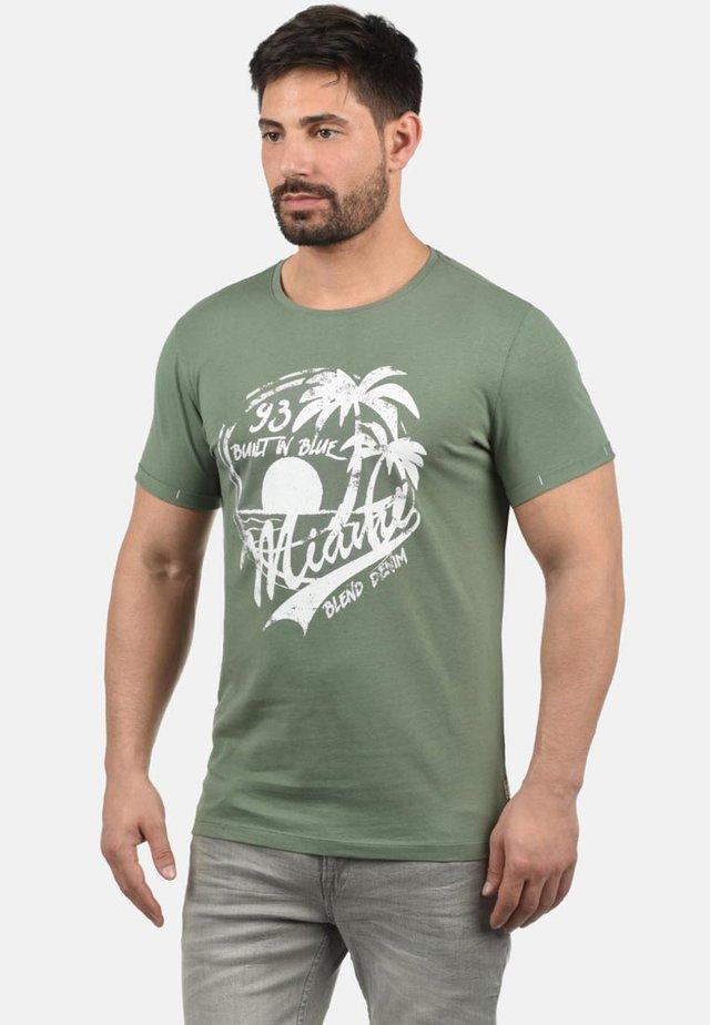 Print T-shirt - laurel green
