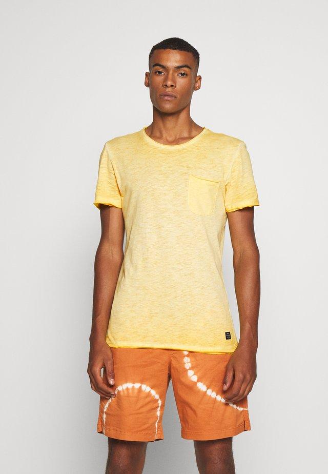 Print T-shirt - lemon yellow