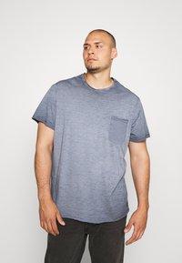 Blend - Jednoduché triko - dark navy blue - 0