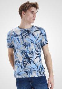 Blend - Print T-shirt - chip grey - 0