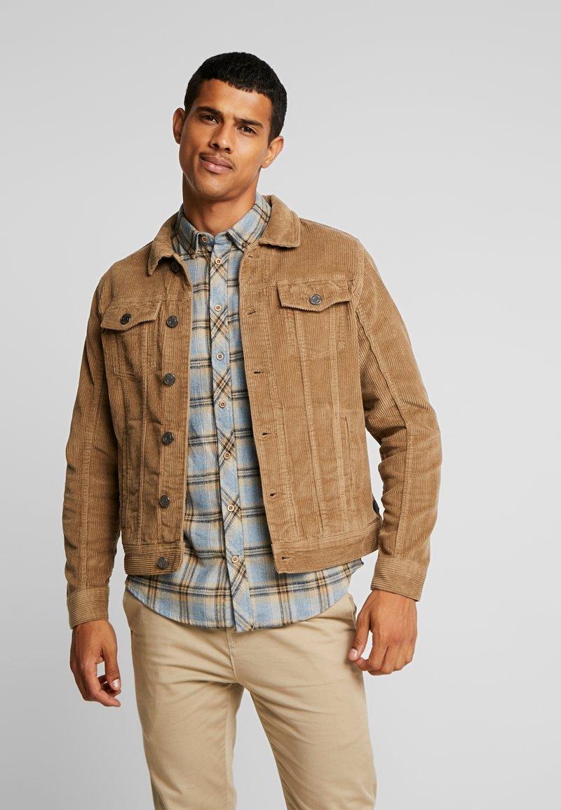 Blend - OUTERWEAR - Summer jacket - safari brown