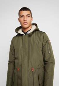 Blend - OUTERWEAR - Parka - olive night green - 4