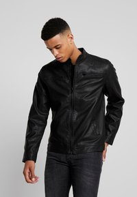 Blend - OUTERWEAR - Giacca in similpelle - black - 0
