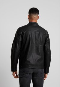 Blend - OUTERWEAR - Veste en similicuir - black - 2