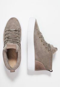 Blackstone - High-top trainers - iceland - 3