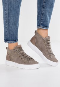 Blackstone - High-top trainers - iceland - 0