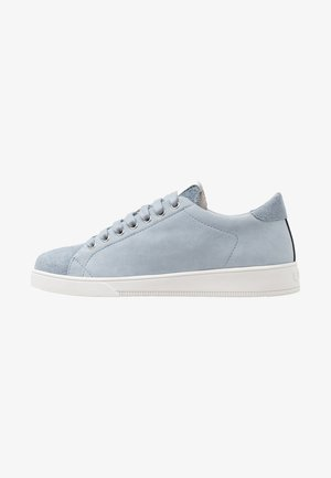 Trainers - cambra blue