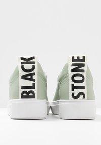 Blackstone - Trainers - reseda - 7