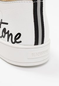 Blackstone - High-top trainers - white/rose - 2