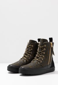 Blackstone - Lace-up ankle boots - winter moss - 4