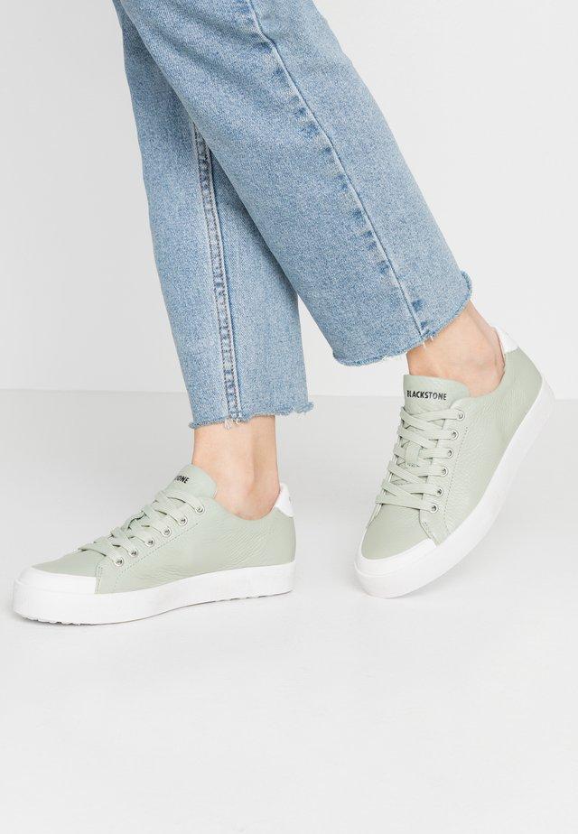 Zapatillas - reseda