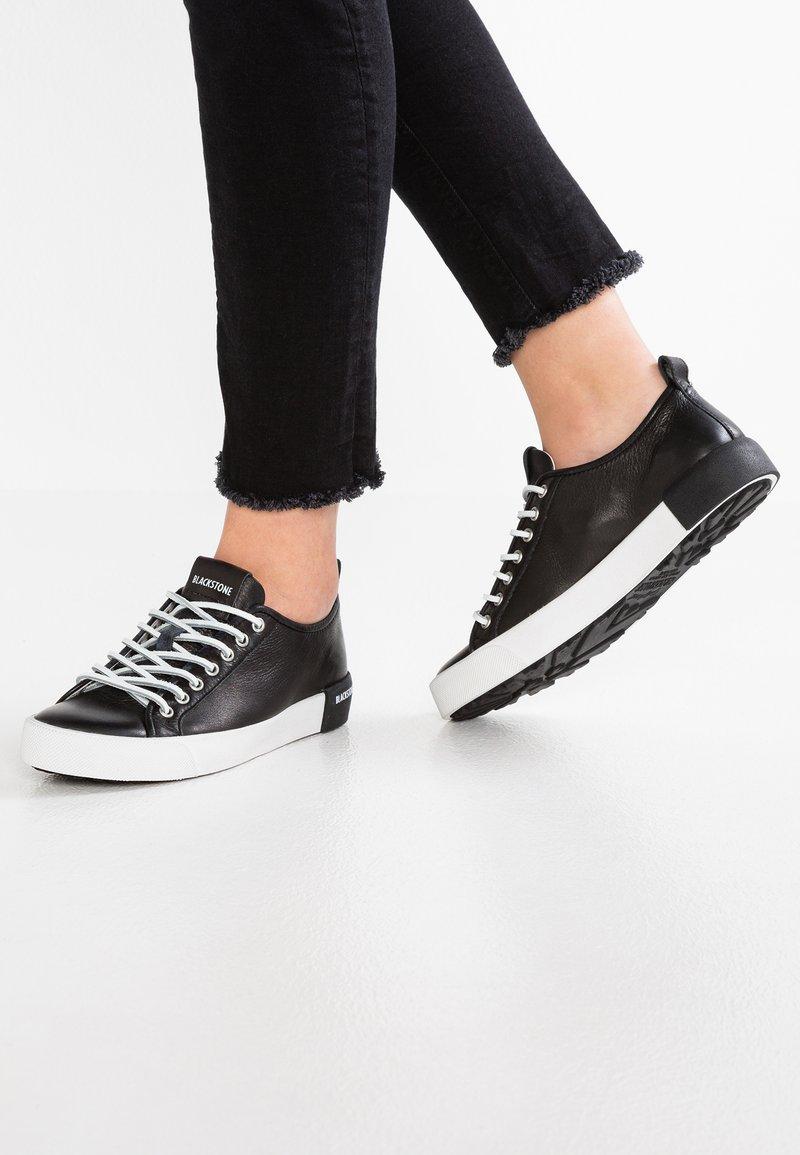 Blackstone - Sneaker low - black
