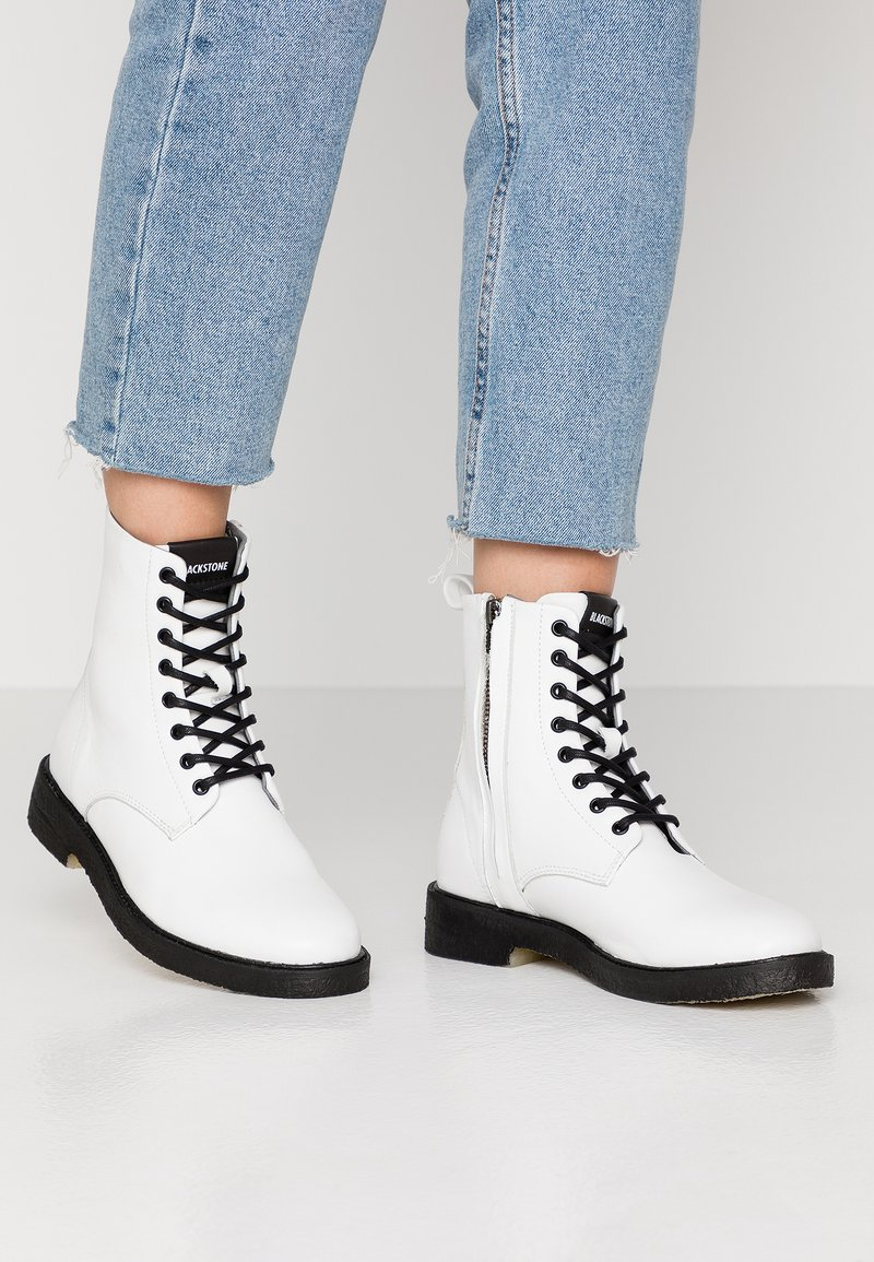 Blackstone - Lace-up ankle boots - white