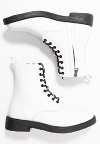 Blackstone - Lace-up ankle boots - white - 3
