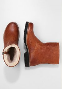 Blackstone - Classic ankle boots - camel - 2