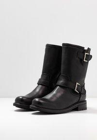 Blackstone - Classic ankle boots - black - 4