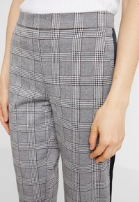 Blue Seven - Pantaloni - grey - 4