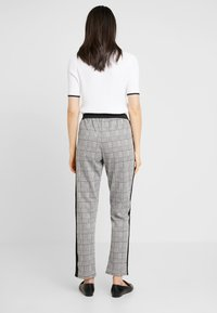 Blue Seven - Pantaloni - grey - 2
