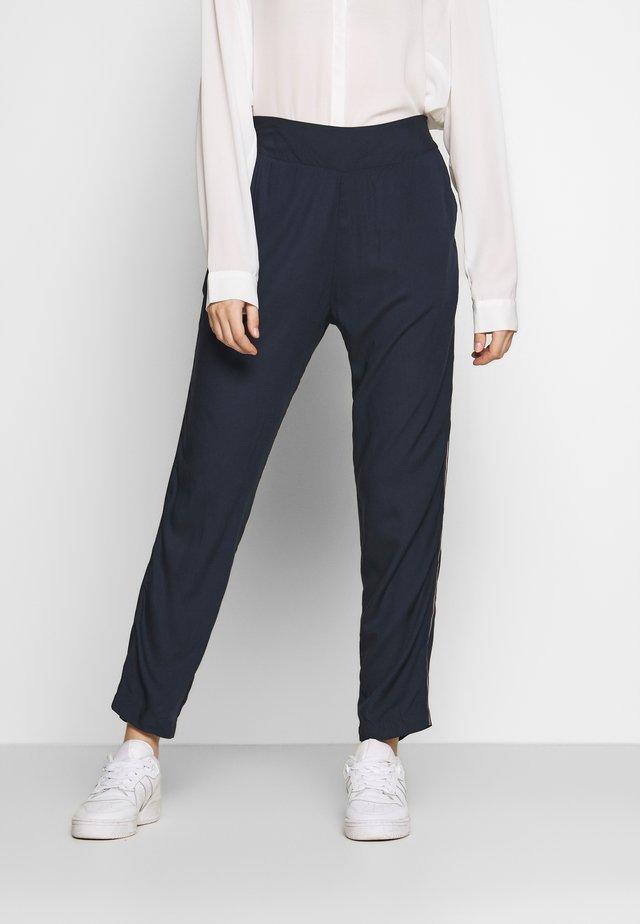 DA HOSE - Trousers - blau