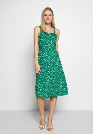 TRÄGERKLEID - Day dress - grün