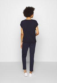 Blue Seven - T-shirts med print - dark blue - 2