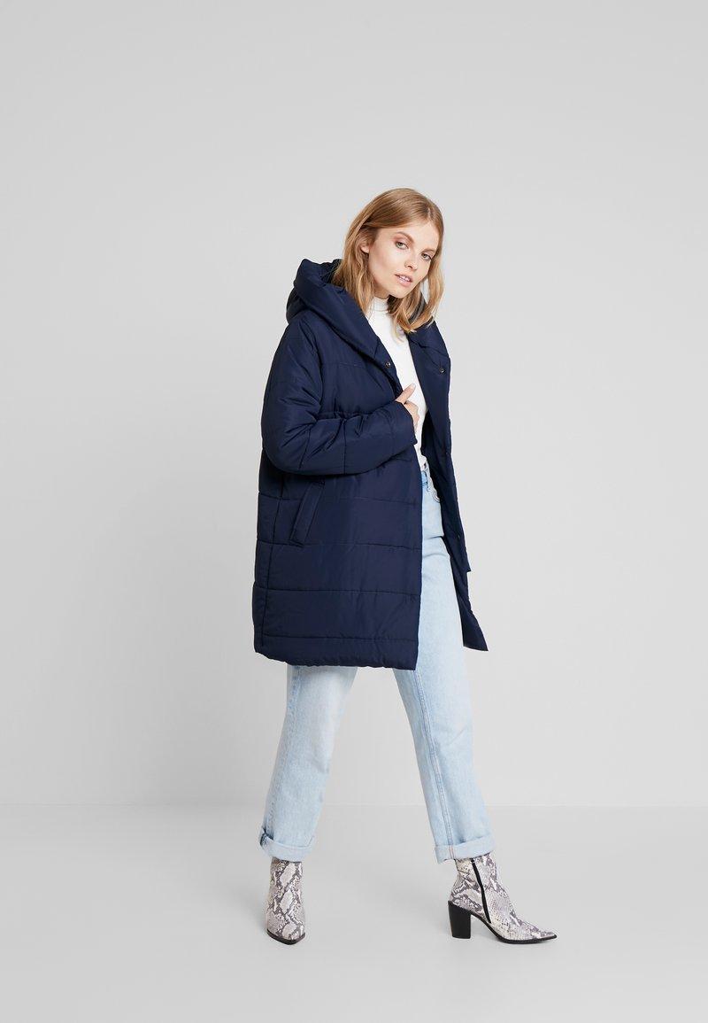 Blue Seven - Short coat - nachtblau