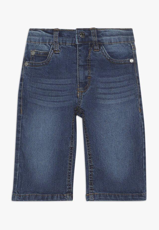 BERMUDA - Denim shorts - jeansblau