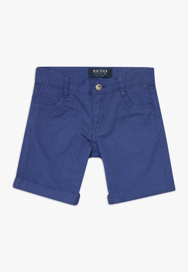 BERMUDA - Shorts - jeansblau