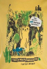 Blue Seven - MINI BABY - T-shirt imprimé - korn - 2