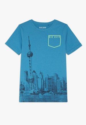 RUNDHALS - T-shirts print - cyan
