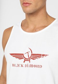 Black Diamond - PERESTROIKA TANK - T-shirts med print - white - 3