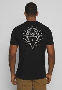 Black Diamond - RAYS POCKET TEE - T-shirts print - black - 2