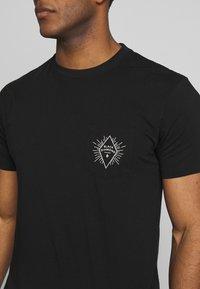 Black Diamond - RAYS POCKET TEE - T-shirts print - black - 5