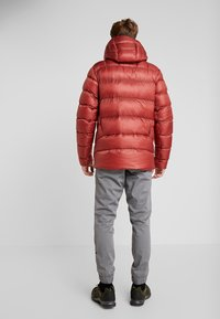 Black Diamond - VISION DOWN - Down jacket - red rock - 2