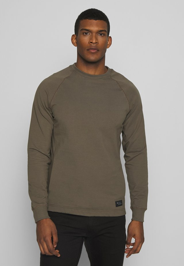 BASIS CREW - Sweatshirt - walnut