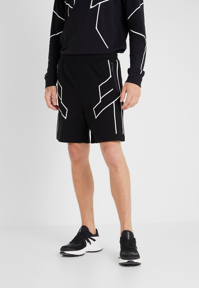 ROBOT LINES - Shorts - black/white