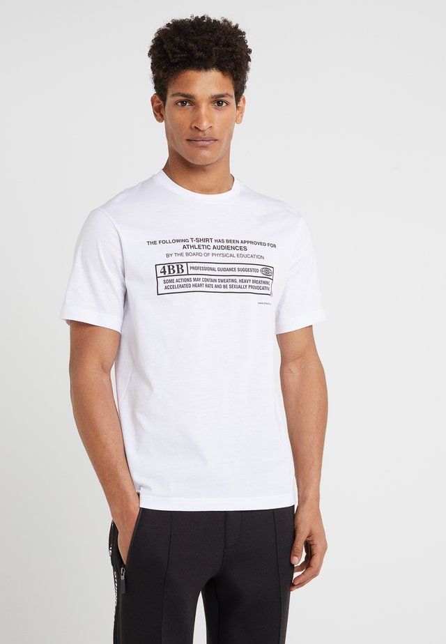 CENSORSHIP CREW - T-shirt med print - white