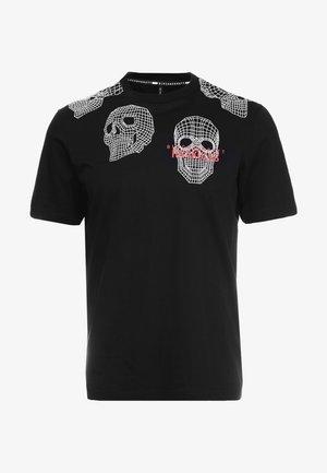 3D MESH SKULLS - T-shirt z nadrukiem - black/white/red