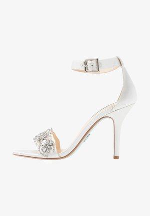 GINA - Sandaler med høye hæler - ivory