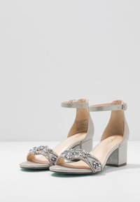 Blue by Betsey Johnson - Sandaler - silver - 4