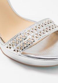 Blue by Betsey Johnson - ALMA - Sandaler med høye hæler - silver - 2