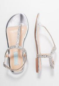 Blue by Betsey Johnson - Zehentrenner - silver - 3