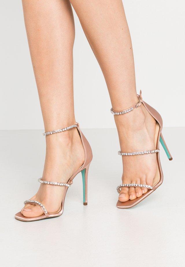 ELISA - Højhælede sandaletter / Højhælede sandaler - nude