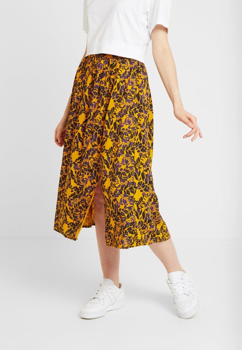 Blendshe - Áčková sukně - yellow
