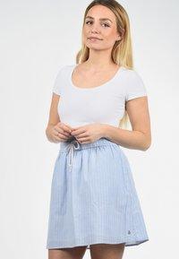Blendshe - A-LINIEN-ROCK ANNO - A-line skirt - light blue - 2