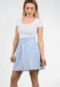 Blendshe - A-LINIEN-ROCK ANNO - A-line skirt - light blue - 3